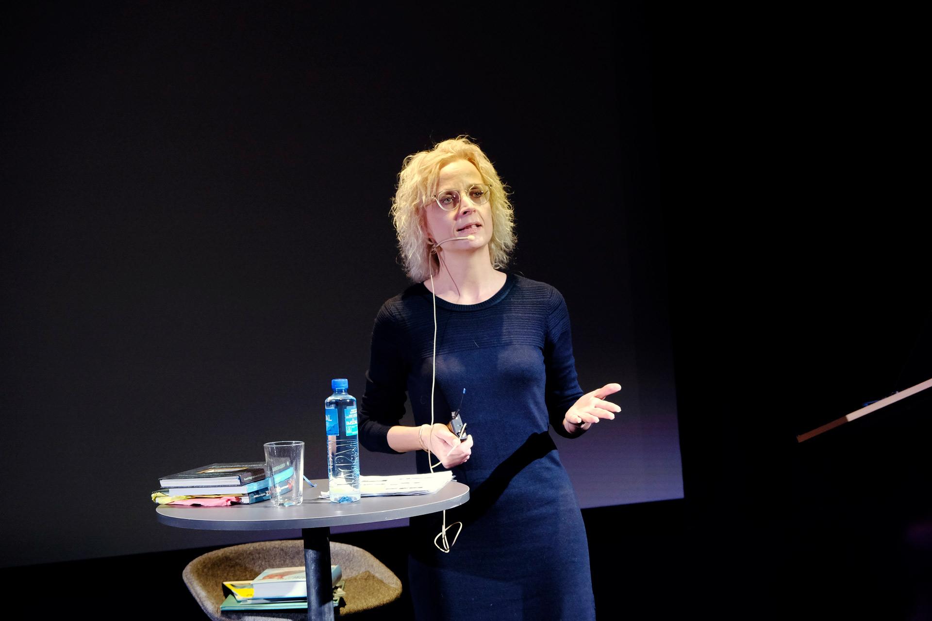 Ayoe Qvist Henkel under Nordisk barnebokkonferanse 2019 i Stavanger, foto: Niklas R. Lello