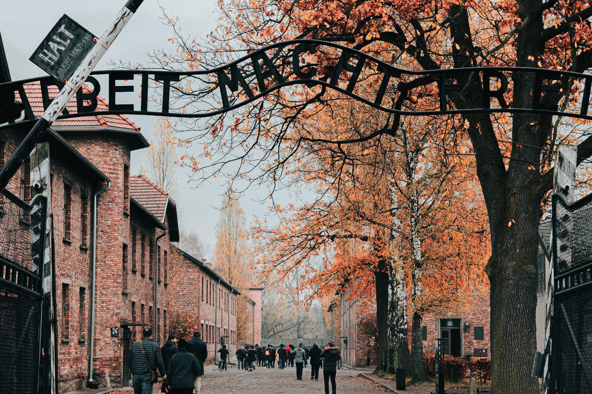 Hvordan kan vi skrive om Holocaust for barn?