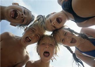 """""""Å gi barn stemme"""" - om NBIs markering av Stemmerettsjubileet 2013"""